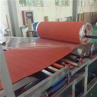 昆山预制型塑胶跑道卷材挤出机设备